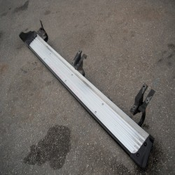 Σκαλοπάτια-Βαθμίδες Nissan-D22-(1998-2001) Δεξιά